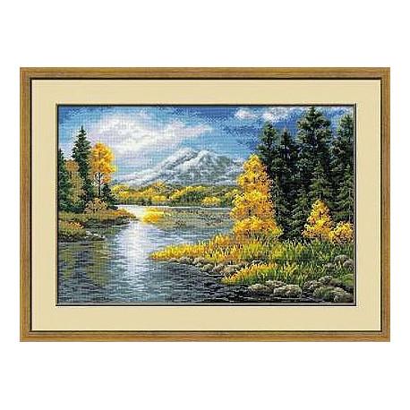 Набор для вышивки крестом Риолис 1235 Озеров горах фото