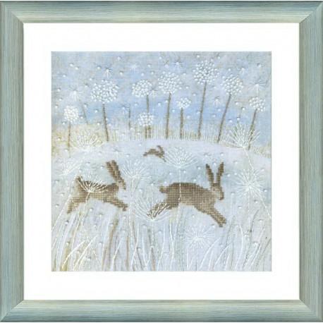 Набор для вышивки крестом Чарівна Мить М-238 Зимние зайцы фото