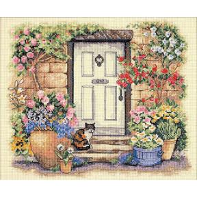 Набор для вышивания  Dimensions 35233 Garden Door Kitty