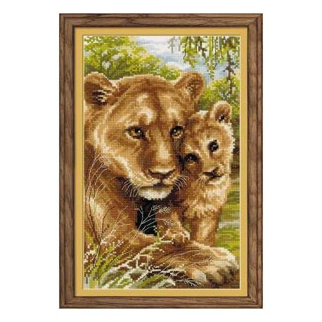 Набор для вышивки Риолис 1262 Львица с львенком фото