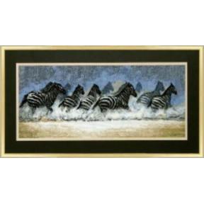 Набор для вышивки крестом Чарівна Мить 419ч Бегущие зебры