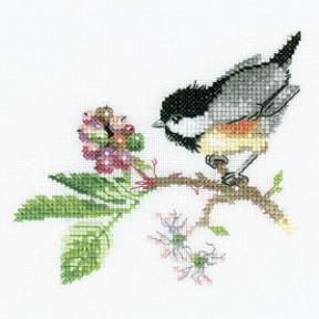 Набор для вышивания крестом Heritage Crafts Chick Berry H568
