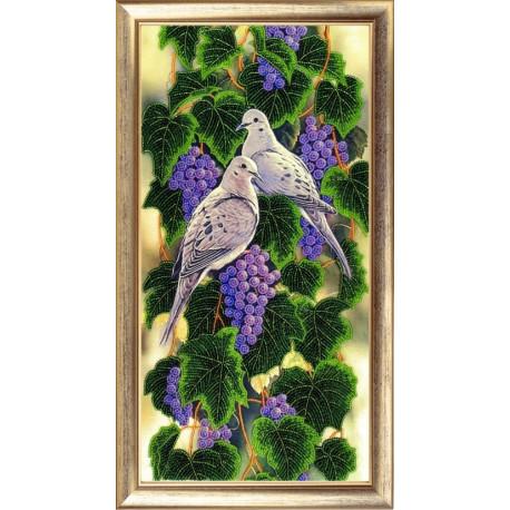 Набор для вышивания бисером Butterfly Виноградная лоза 539