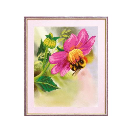 Схема для вышивания Чарівна Мить СБ-090 Шмель на цветке фото