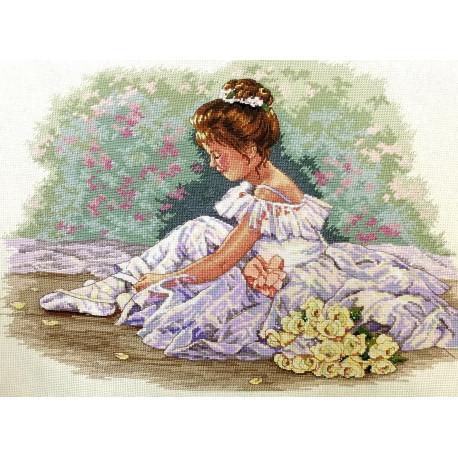 Набор для вышивания крестом Classic Design Маленькая танцовщица 4471