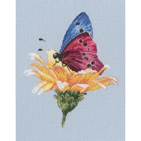 Набор для вышивки RTO Бабочка на цветке M751