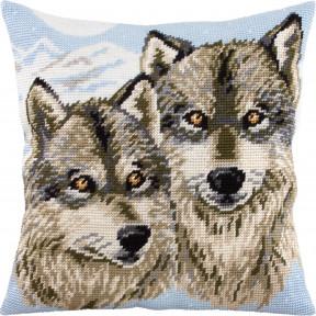 Набор для вышивки подушки Чарівниця Волки V-290