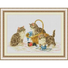 Набор для вышивания крестиком OLanTa Веселые котята VN-139