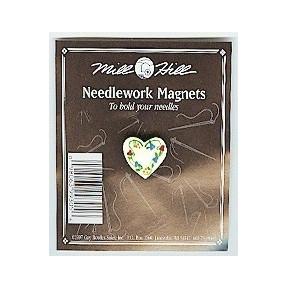 Магнитный держатель для игл Floral Heart Mill Hill MHMAG5