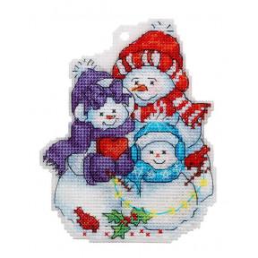 Набор для вышивки крестом Alisena Семья снеговиков 8033а