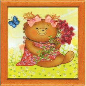 Мишка с цветами Набор для вышивания бисером Чарівна Мить Б-634