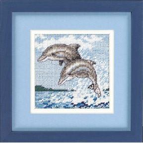 Набор для вышивания  Dimensions 17046 Dance of the Dolphins