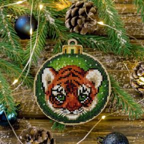 Набор для вышивания нитками по дереву Волшебная страна FLW-011
