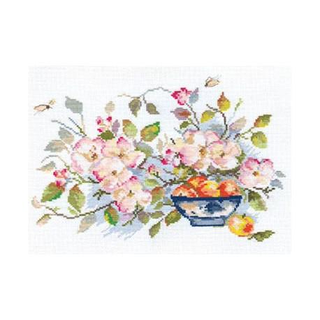 Набор для вышивки крестом Алиса 2-10 Яблоневый сад фото