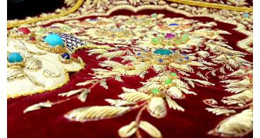 Индийские вышивки: нити, которые сплетают ткань Индии